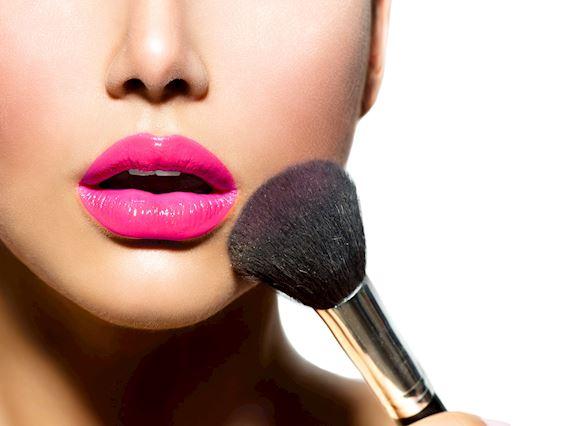 Popular Offers Ladies Night R600 Per Person